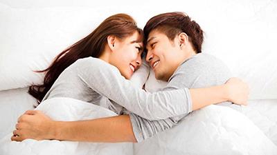 Bác sĩ Tiin: Nằm chung với bạn trai, chỉ ôm và hôn nhau thì có thểmang thai hay không?