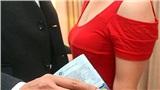 Mối quan hệ 'bố nuôi - con gái nuôi' gây sốt: Khi xu hướng đổi tình lấy tiền trở thành xu hướng đáng báo động