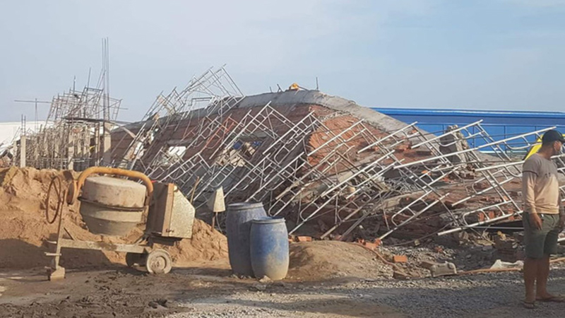 Nóng: Sập công trình đang xây dựng ở Đồng Nai, hàng chục người thương vong