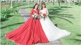 Khoảnh khắc 'cô dâu 65 tuổi' và 'cô dâu 62 tuổi' cùng diện váy cưới, đứng chung trong một khung hình