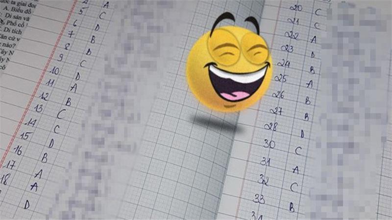 Cô giao bài tập về nhà và bắt giải thích, học sinh có màn 'mở ngoặc đóng ngoặc' súc tích tới nỗi đọc xong ai cũng phải cười ngặt nghẽo