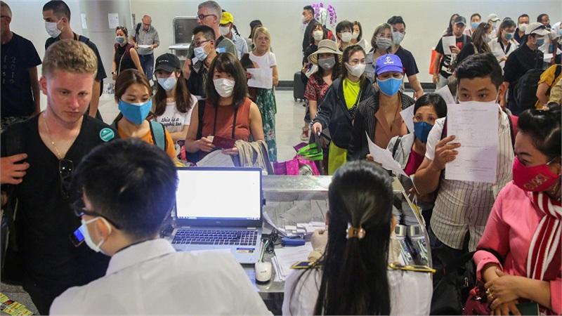 Bộ GD-ĐT xem xét tiếp nhận du học sinh trở về vì dịch Covid-19 vào đào tạo tại các trường trong nước
