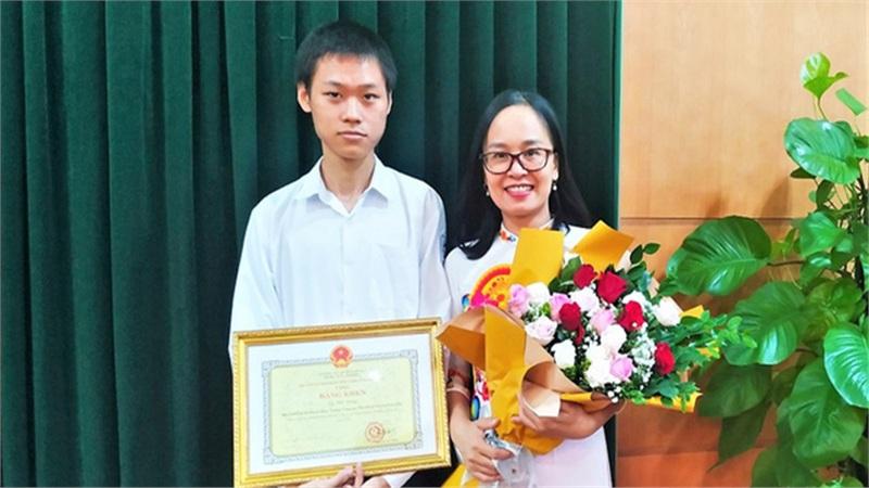 Hải Phòng thưởng 500 triệu cho một học sinh