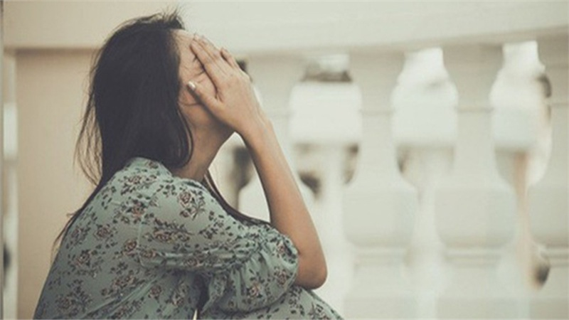 Một tháng trước đám cưới, cô gái chết lặng khi phát hiện sự thật về chồng tương lai khiến dân mạng phẫn nộ: 'Chia tay gấp'
