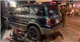 TP.HCM: Ô tô 'điên' tông hàng loạt xe máy tại giao lộ, nhiều nạn nhân bị thương khiến người đi đường kinh hãi