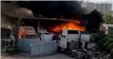 Cháy bãi xe tại TP.HCM, nhiều ô tô bị thiêu rụi