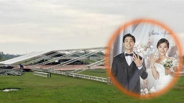 Đám cưới Công Phượng dựng rạp giữa sân bóng nhưng vẫn có đội ngũ túc trực ngăn không cho chụp ảnh