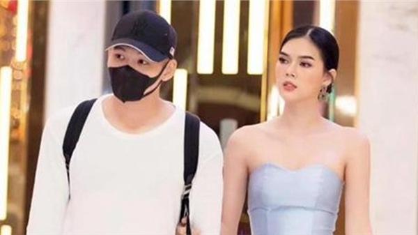 Sau scandal bị 'cắm sừng', Ngọc Trinh gây sốc khi công khai yêu hot boy PVF