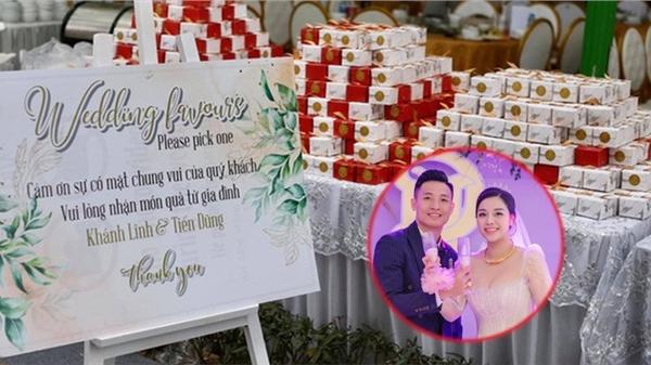 Đám cưới Tiến Dũng và Khánh Linh tại Bắc Ninh tổ chức với hàng nghìn khách mời, khi ra về ai nấy đều có quà đặc biệt mang về