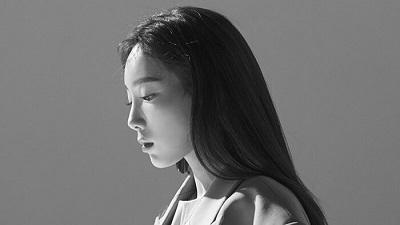 Taeyeon (SNSD) tạm hoãn lịch comeback vì bố đột ngột qua đời