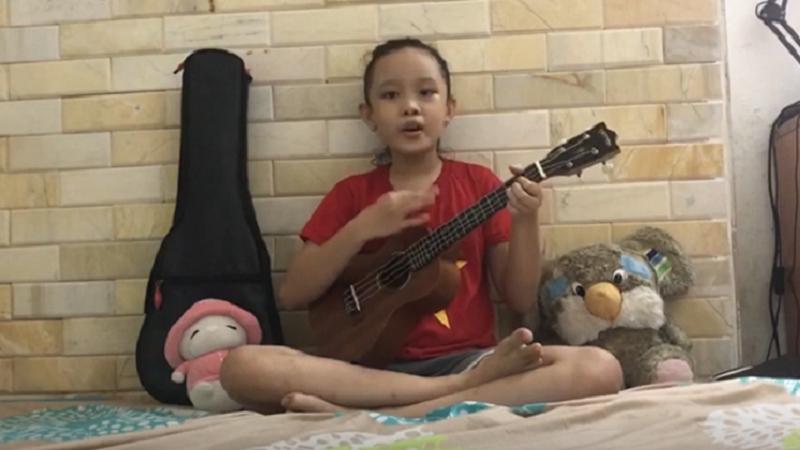 Clip cổ vũ 'Việt Nam sẽ chiến thắng' vô cùng đáng yêu của cô bé 9 tuổi đến từ Đà Nẵng