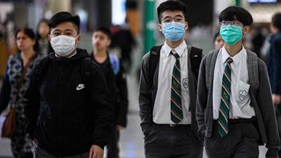 Phụ huynh Hong Kong giận dữ đòi hoàn tiền học phí vì trường học đóng cửa hàng tháng do Covid-19
