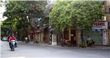 Phố cổ Hà Nội mùa Covid-19: Hàng quán đóng cửa im lìm, liên tục sang nhượng mặt bằng vì quá ế ẩm