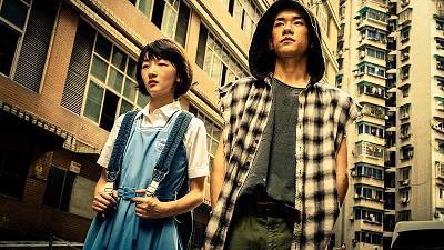 Chuyện giờ mới kể trong 'Em của thời niên thiếu': Châu Đông Vũ cạo trọc, Dịch Dương Thiên Tỉ diễn cảnh tát thật hằn vết trên má