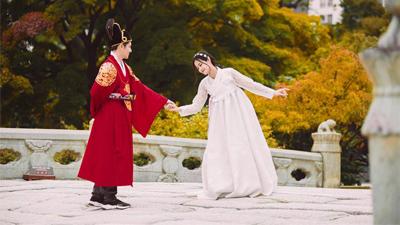 Loạt ảnh du lịch long lanh hơn cả ảnh cưới của Đông Nhi và Ông Cao Thắng