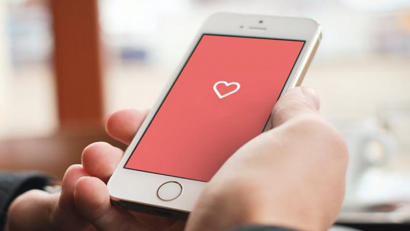 Cô nàng đăng đàn 'bóc phốt' bạn trai tải một loạt ứng dụng hẹn hò nhưng không dám nhận
