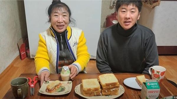 Cặp vợ chồng Hàn Quốc chênh nhau 35 tuổi đối mặt với nghi vấn giả kết hôn