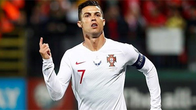 Kết quả bóng đá: Ronaldo ghi 4 bàn, Bồ Đào Nha thắng hủy diệt