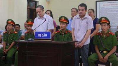 Ai vắng mặt trong phiên xử sửa điểm thi ở Hà Giang?