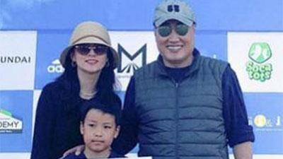 Lộ hình ảnh hiếm hoi của chồng đại gia 70 tuổi và con trai của nàng 'Dae Jang Geum' Lee Young Ae