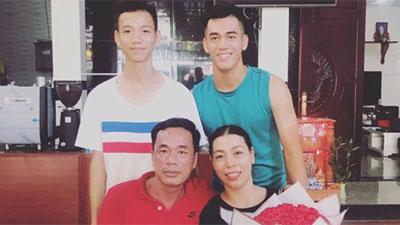 Tiền đạo Tiến Linh: Tuổi thơ xa bố mẹ và hành động đẹp dành cho Quang Hải sau trận hòa Thái Lan