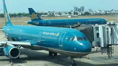 Nóng: Hành khách người Nhật trên chuyến bay của Vietnam Airlines dương tính với Covid-19
