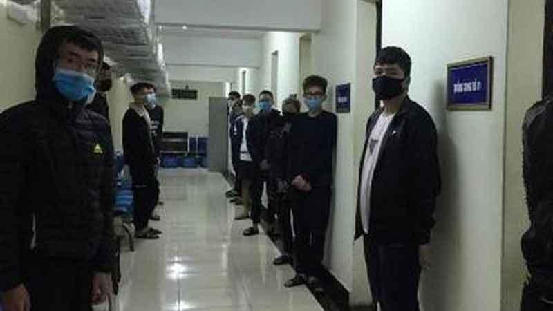 Hà Nội: Triệu tập 28 thanh niên bốc đầu, phóng xe tốc độ cao quanh hồ Hoàn Kiếm