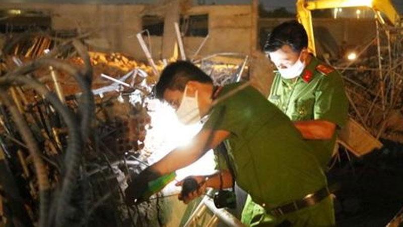 Vụ sập tường 10 người chết ở Đồng Nai: 'Mẹ không sao là con vui rồi...'