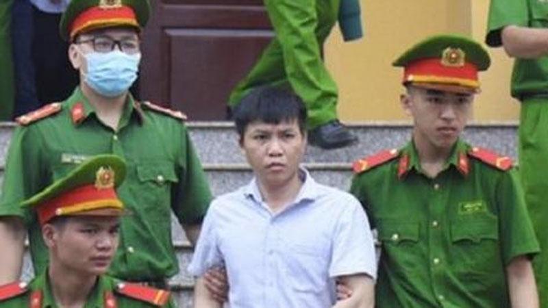 Tuyên án vụ gian lận thi cử ở Hoà Bình: Cao nhất 10 năm tù