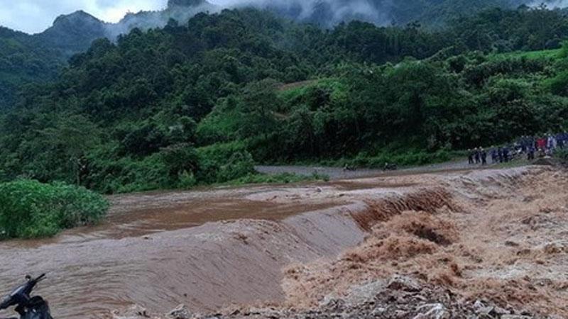 2 người tử vong vì mưa lớn gây sạt lở đất ở Hà Giang