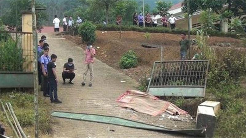 Vụ cổng trường đổ đè chết 3 học sinh: Tai nạn xảy ra khi trường đã thông báo nghỉ học