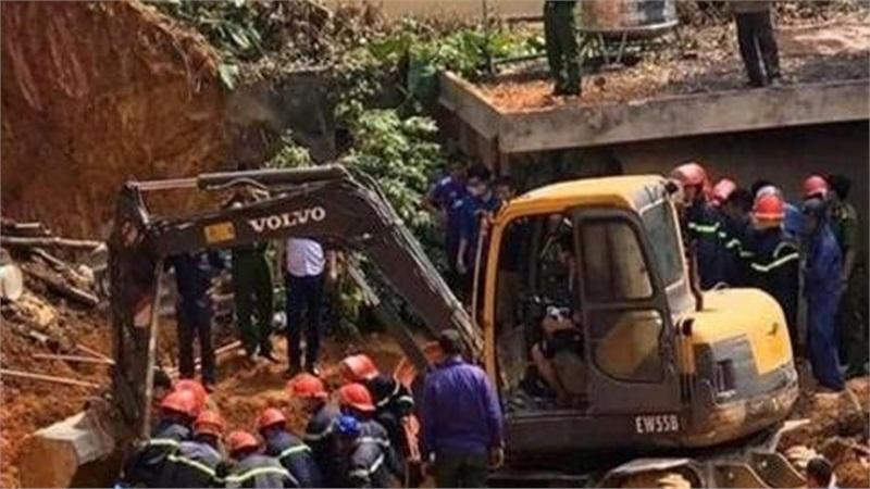 Khởi tố một bị can vụ sập taluy ở Phú Thọ khiến 4 người tử vong
