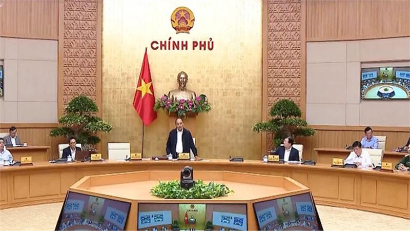 Thủ tướng: Cấp mỗi tỉnh miền Trung 100 tỷ đồng, không được để dân đói, dân rét