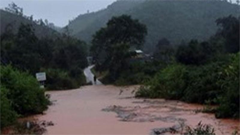 Kon Tum: Năm xã của huyện Tu Mơ Rông bị cô lập do ảnh hưởng bão số 9