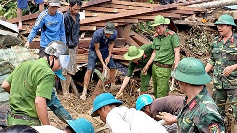 Vụ sạt lở ở xã Trà Leng: 'Tôi thấy bà con nằm đó mà không làm gì được'