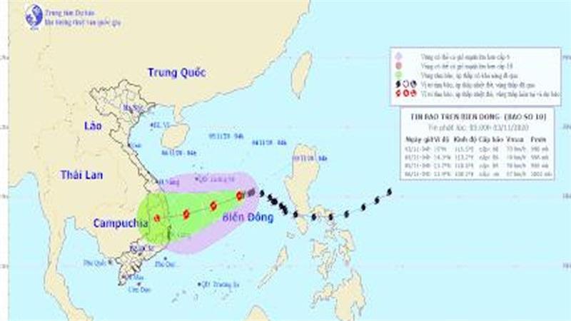 Diễn biến mới nhất về bão số 10: 'Bẻ lái' đổ bộ vào Quảng Ngãi đến Khánh Hoà