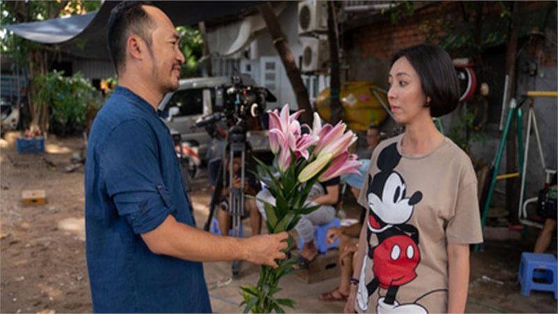 'Chuyện Xóm Tui' của Thu Trang - Tiến Luật phá đảo Trending, lên Top 1 vì chuyện xúc động giữa xóm nghèo