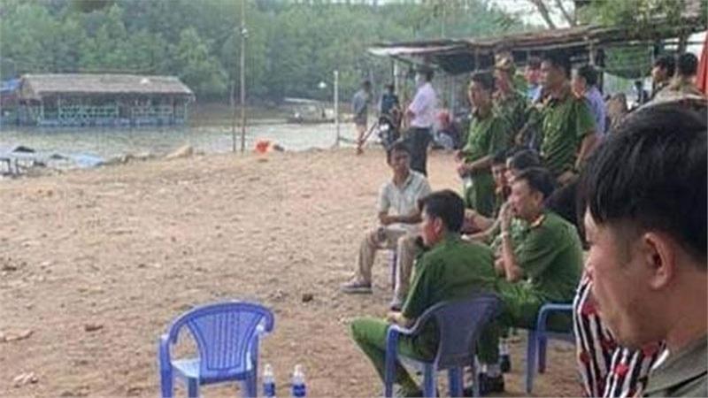 http://tiin.vn/chuyen-muc/24/dam-chet-ban-nhau-tha-thi-the-troi-song.html