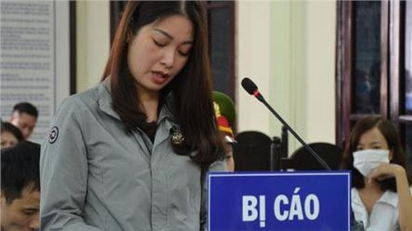Tuyên 1 năm tù vợ nguyên Chủ tịch phường đánh người cản trở 'quan lộ' của chồng