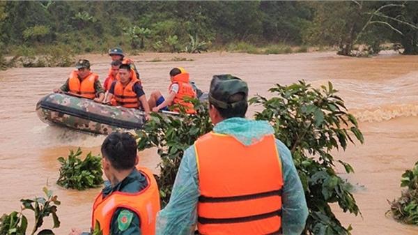 4 du khách bị lũ cuốn trôi: Xem xét trách nhiệm các bên để xảy ra sự cố