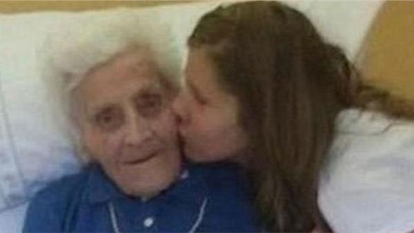 Cụ bà 101 tuổi mắc COVID-19 ba lần chỉ trong 9 tháng