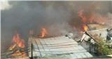Cháy lớn thiêu rụi nhiều nhà xưởng ở Hà Nội