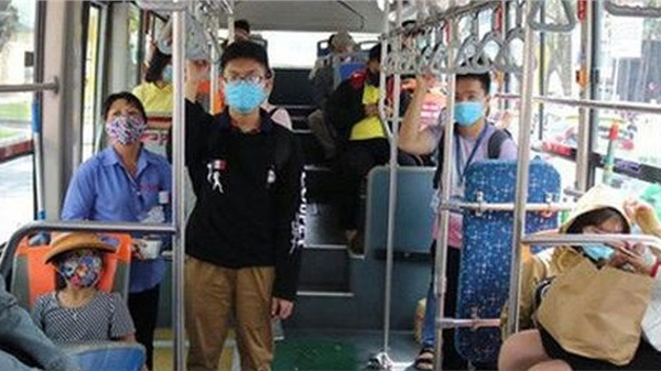 Từ chối phục vụ hành khách không đeo khẩu trang đi xe khách, xe buýt