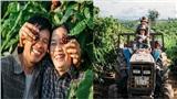 Bộ ảnh dung dị của vợ chồng U60 trên nương cà phê qua ống kính của một người đặc biệt