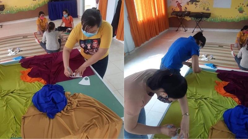 Giáo viên mầm non Gia Lai tự tay may khẩu trang để chuẩn bị cho học sinh quay trở lại trường
