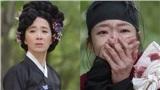 'Tiểu Sử Chàng Nok Du' tập 15 - 16: Làng góa phụ bị giải tán đẫm máu cùng nước mắt, Kim So Hyun và Jang Dong Yoon mỗi người một ngả