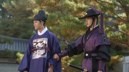 'Tiểu Sử Chàng Nok Du' tập 25 - 26 diễn biến không ngờ: Nok Du về phe ác nhân Cha Yool Moo thực hiện mưu đồ phản nghịch