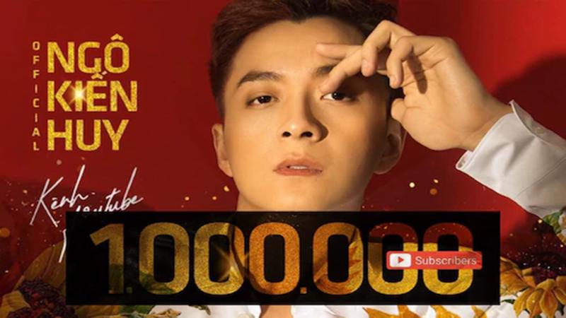 Ngô Kiến Huy phấn khích khi đạt nút vàng Youtube, 7 tháng tăng 800 nghìn lượt đăng kí kênh
