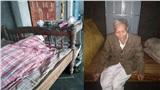 Xót xa hình ảnh cha già 84 tuổi bên linh cữu con trai ở Huế: 'Tôi lội nước lũ báo tin con mất cho họ hàng'