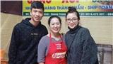 Vợ chồng Phan Văn Đức 'trốn' con gái đi ăn đặc sản, dân tình khen nét trẻ trung của người vợ dù không tô son, không chải tóc